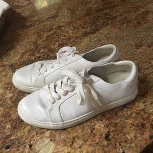 White Kenneth Cole Reaction Sneakers